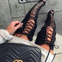 Замшевые ботфорты на шнуровке . Размер 37-37,5. Натуральный замш