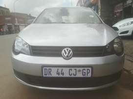 2013 VW POLO VIVO 1.6 with service book