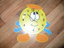 Zegarek dziecięcy na ścianę