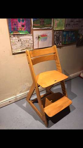 Sit-Right Chair
