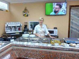 Приготовление разнообразных блюд украинской домашней кухни.