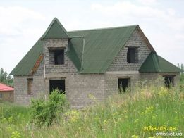 Недостроенный дом на видном