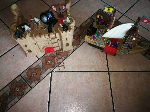 Pirate Ship and Castle 0