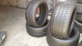 A set of tyres 275/40/20&315/35/20 Dunlop Run Flat now available