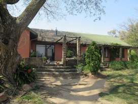 Upcoming Auction: Lovely 5 bedroom, home on 2,6ha stand in Muldersdrif