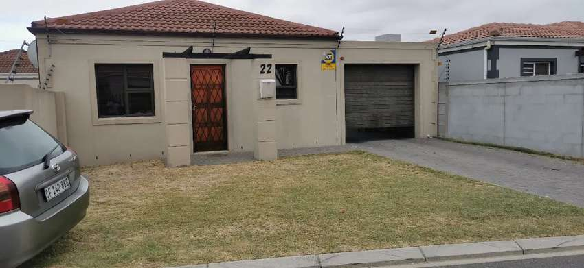 2 bedroom town house for rental