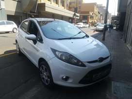 FORD FIESTA MANUAL 1.6 FOR SALE AT VERY LOW PRICE