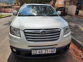 2010 Subaru Tribeca 3.0 with leather seats and sunroof