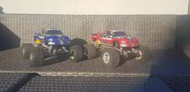 2x Traxxes Stampedes with accessories