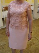 Śliczna łososiowa sukienka