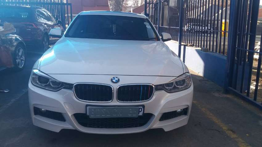 BMW 3 Series 320i F30 Sunroof