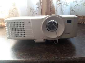 Canon data projector