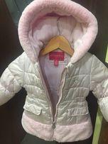 Продам недорого тёплую зимнюю куртку на девочку