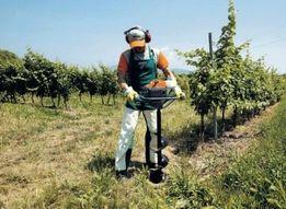Услуги мотобура, услуги ямобура, бурение ямок под забор,виноград, сад.
