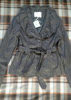Новая куртка курточка ветровка 40-42 размер