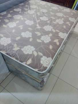 BLACK FRIDAY SPECIAL ON NEW DOUBLE AND QUEEN SIZE BEDS