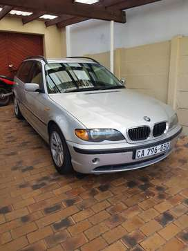 BMW 318i Touring 2005 in good condition