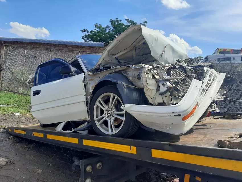 COROLLA AE92 7AF stripping for parts 0