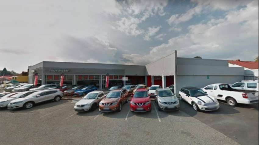 TO LET: 720 SQM CAR SHOWROOM ON BEYERS NAUDE