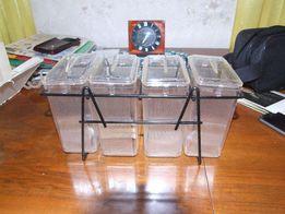 Набор контейнеров настенный для сыпучих материалов