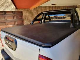 Toyota Hilux Legend Rollbar and Tonneau cover