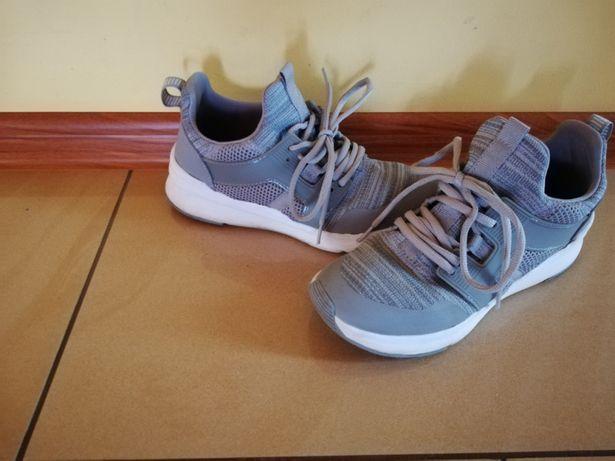 Super butki dla nastolatki Śrem - image 2