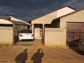 Room Available in Zone 17 Sebokeng