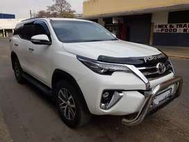 Toyota fortuner 2.8 DG-6 2017 AUTO for SELL