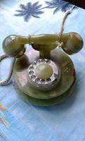 Стационарный телефон из оникса.
