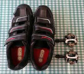 nr 6 MaXed ladies cycling shoes & pedals for sale