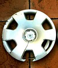 Image of Plastic Hubcap - Don't know off which car