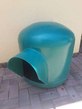 Green plastic dome DOG HOUSE (small)