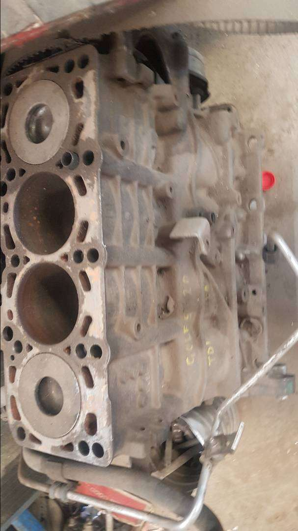 Golf 5 block & cylinder head 0