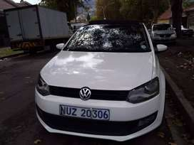 2012 VW Polo 6 1.4 Comfortline with Sunroof and leather interior