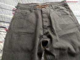 Spodnie meskie Taper r. M