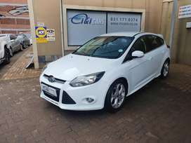 Reliable Ford Focus 2.0L sport hatch