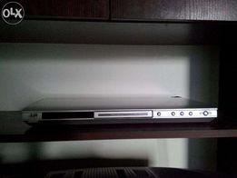 Касетный и дисковые видеопроигрыватели