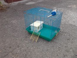 Клетка для птиц, хомячков, мор. свинок и др. живности.