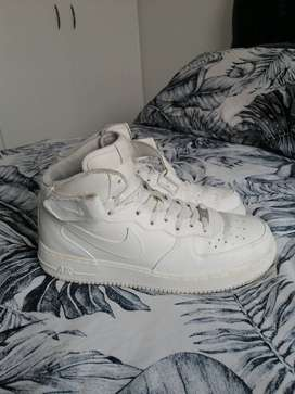Selling my Nike Air Force One