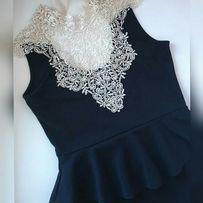 Платье черно-белое с баской и кружевом Сукня Женская одежда