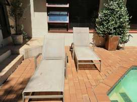 2 x Stylish Plaisir du Jardin Sun/Pool loungers
