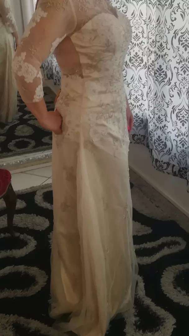 Wedding dress size 38 0