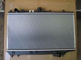 Радиатор Mazda 323 f (89-94).