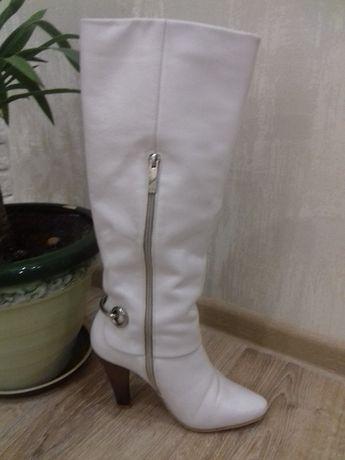 Продам белые сапоги Чернигов - изображение 1