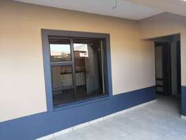NICE SPACIOUS BACHELOR ROOMS, HOUSES AND FLATS FOR MONTHLY RENTALS