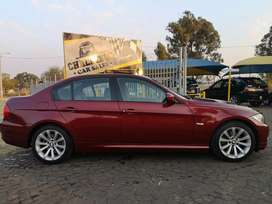 2011 BMW 320i facelift immaculate!