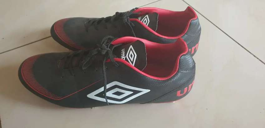 Umbro Veloce Afriq Mens Rugby boots