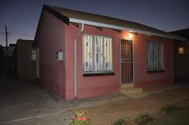 2 bedrooms for rental available