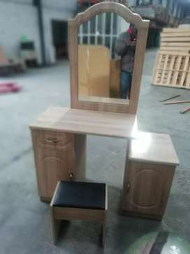 Brand new Dressing table with stool of excellent quality.