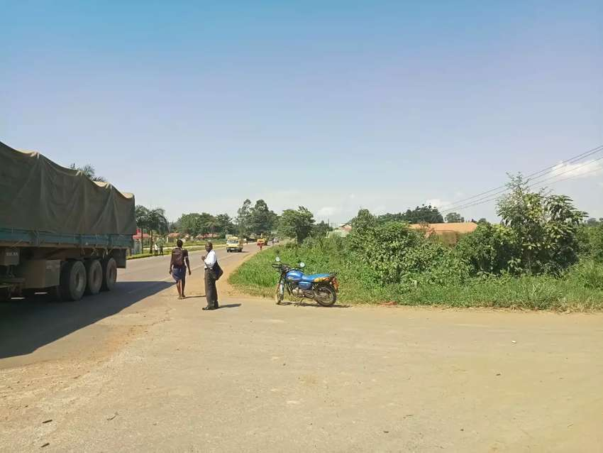 28 acres for sale opposite TIANG TANG GROUP Mbalala 0